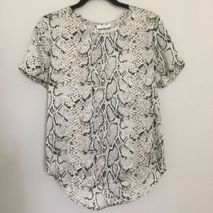 Equipment Riley Printed Blouse in Fawn Python